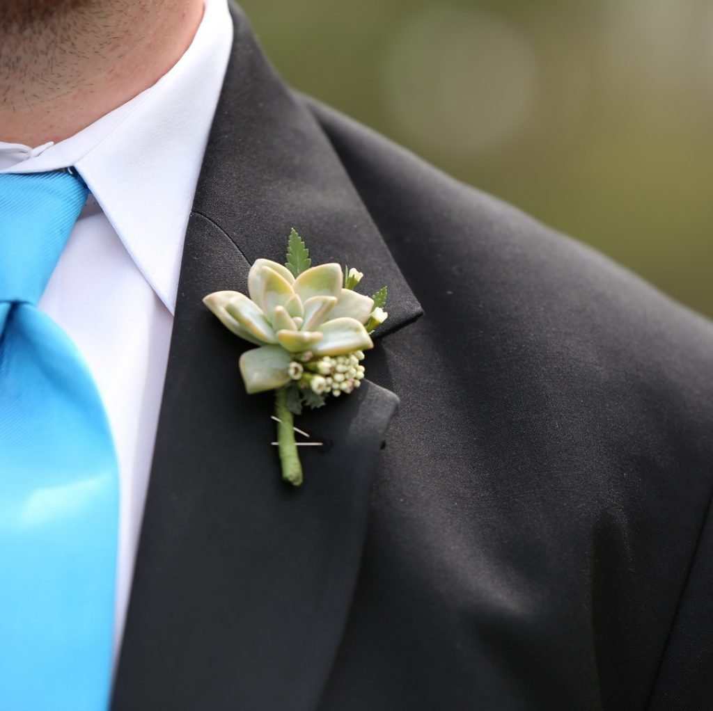 How to Make a Succulent Corsage
